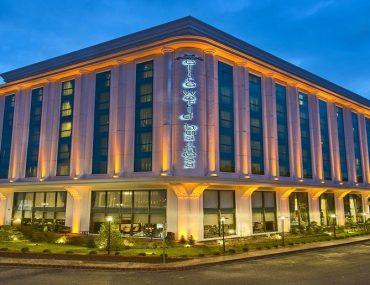 هتل الیت وان