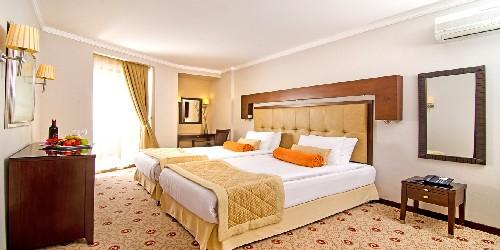هتل کرومار کوش آداسی