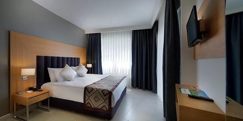 هتل رامادا کوش آداسی