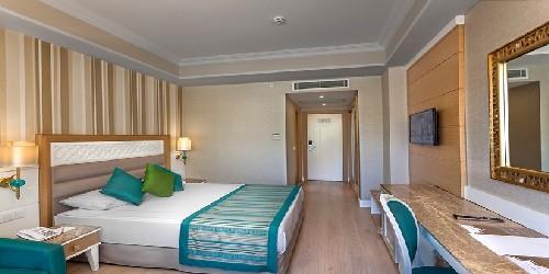 هتل کارمیر ریزورت آنتالیا